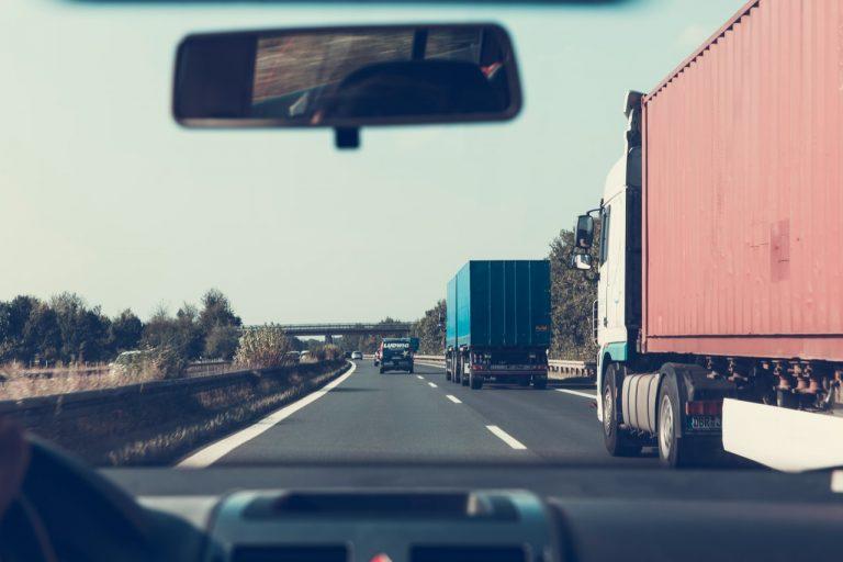 automotive-cars-expressway-172074